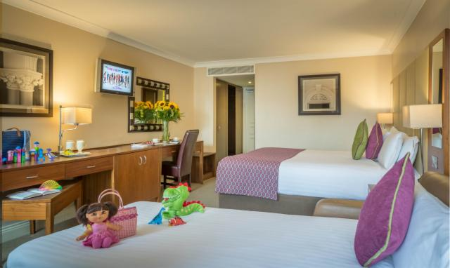 Summer Break, City Escape Executive FamilyRoom with Breakfast