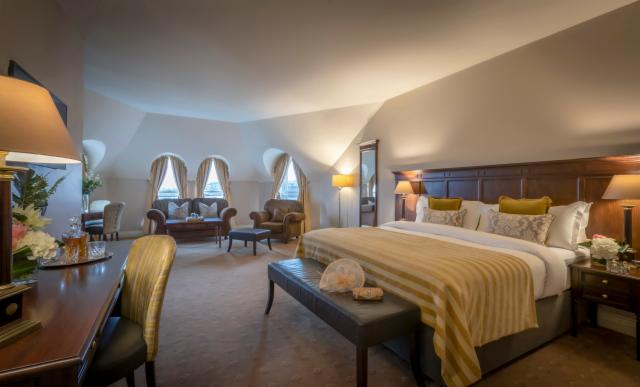 3-Night Older & Wiser Package - Junior Suite