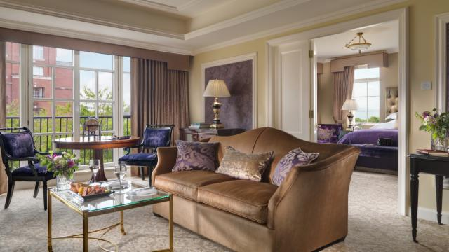 Magical Moments at InterContinental (Executive Suite)