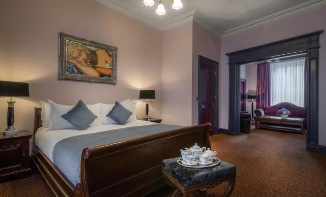 Advance Purchase, Room Only Rate, Save 15% (Georgian Suite)