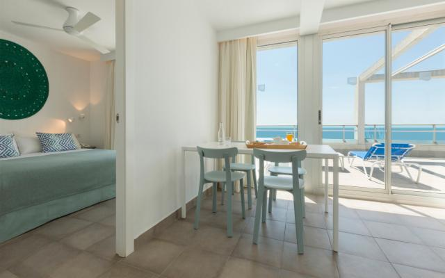 Mediterranean Club Suite Premium (up to 4 People) - FREE CANCELLATION
