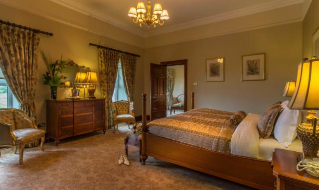 Junior Suite - Bed & Breakfast
