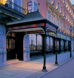 2-Night Discover Waterford by Summer Package (Double or Twin Room)
