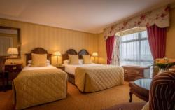 Pre Pay Rate - Triple Room with Breakfast