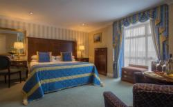 Pre Pay Rate - King Room with Breakfast