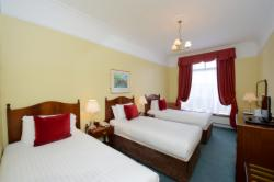 Booking Direct - Standard Triple with Breakfast (3 Single Beds)