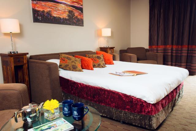 Winter Room Price Freeze: 1-Bedroom Family Suite for 2 Adults & 2 Children  Includes Breakfast