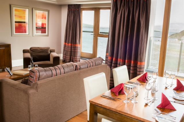 Superior 1-Bedroom Suite Includes Breakfast
