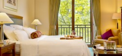 1-Night Golf or Spa with Dinner and Breakfast - Deluxe Room