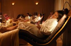 1-Night Spa Package with Breakfast - Deluxe Queen Room