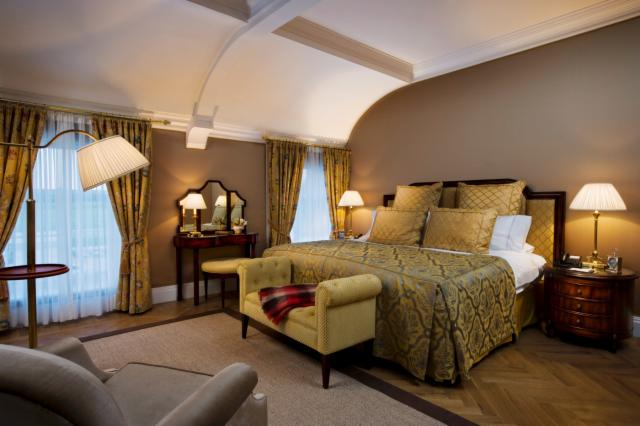 1 Night Castlemartyr Spa Break - Grand Suite (83m2)