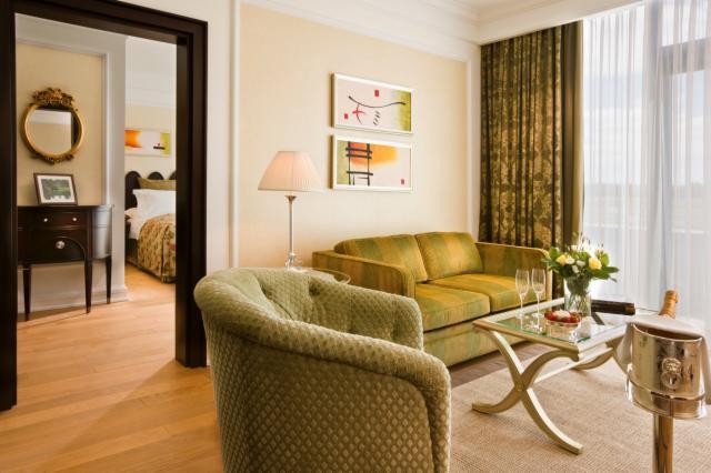 2 Night Castlemartyr Spa Break - Junior Suite (65m2)