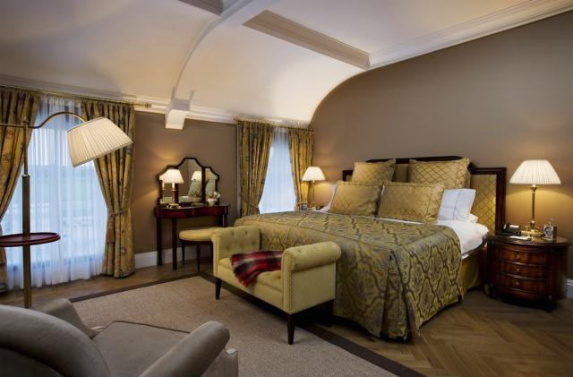 Two nights B&B & One Dinner - Grand Suite (83m2)