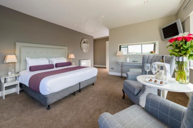 Stay 2 Nights or more & Save 10% - Deluxe Room with Breakfast
