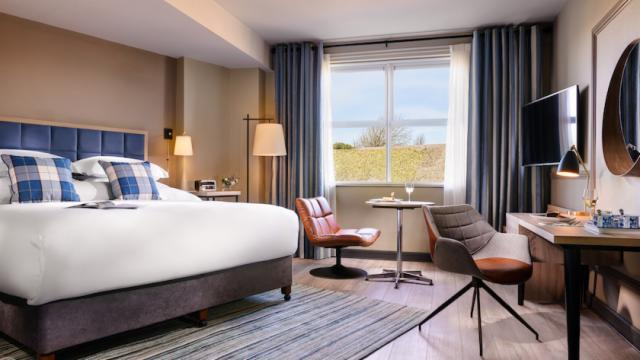 Superior King Room - 2 Night Getaway with Dinner on 1 Evening