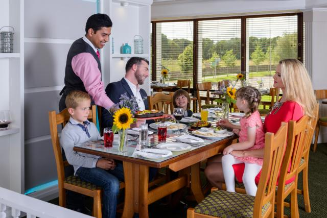 2-Night Special with Breakfast & 1 Dinner (2 Adults & 2 Children in Family Room)