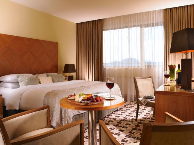 Classic Double Room with Breakfast - 60 Day Advance Purchase - SAVE 20%