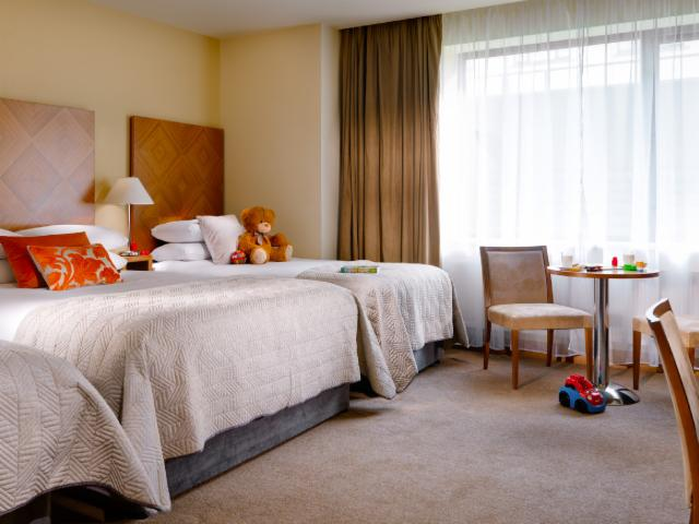 Superior Quad Room (1 King Bed & 2 Single beds) - Room Only -  7 Day Advance Purchase