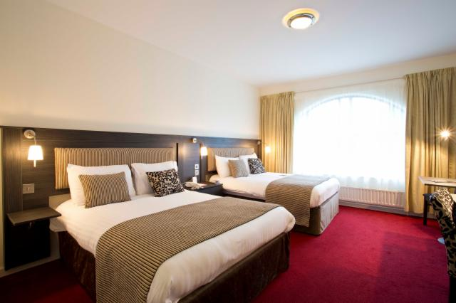 Direct Promo 15% Off  - Single Room - With FREE Breakfast