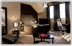 A Night of Ultimate Indulgence in a Suite