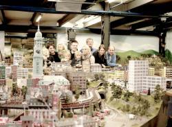 Hamburg im Miniaturformat ab €111. Jetzt Buchen