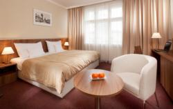 Superior Room for 2 people with breakfast (extra bed available) - Stay Longer & SAVE