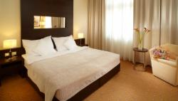 Superior Room for 2 people with breakfast (Stay longer & SAVE) - FREE Cancellation