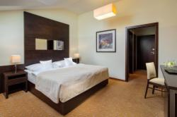 DIRECT3: Superior Room for 2 people EXCLUDING Breakfast (Stay longer & SAVE) - FREE Cancellation