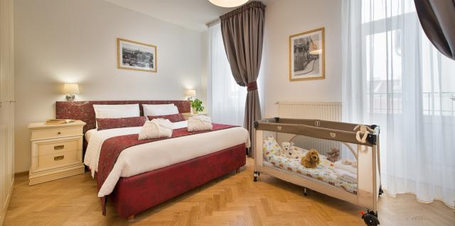 Deluxe Suite for up to 5 people with breakfast