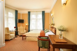 Executive Double or Twin Room (Breakfast, WiFi & VIP treatment included)