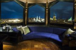 Luxusní Apartmá (Snídaně, WiFi, VIP status a vstup do Wellness & Spa centra)