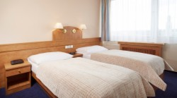 Standard Room for 1 person with breakfast (Stay Longer for Less) - FREE Wifi