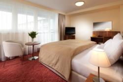 Suite for 2 people with breakfast – FREE Cancellation
