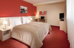 DIRECT: Double room Superior for 2 people with breakfast – FREE Cancellation