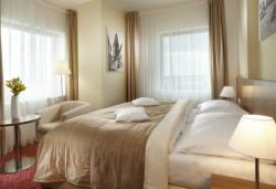 Stay longer and save up to 20% (Superior room for 2 people with breakfast - free cancellation)