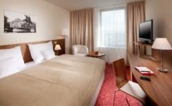 Pay now and save 10% - Business Executive Suite for 1 or 2 people with breakfast - NON-Refundable