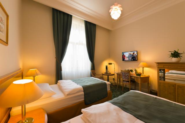Grand Christmas time - 3 nights (Classic Double Room for 2 people)