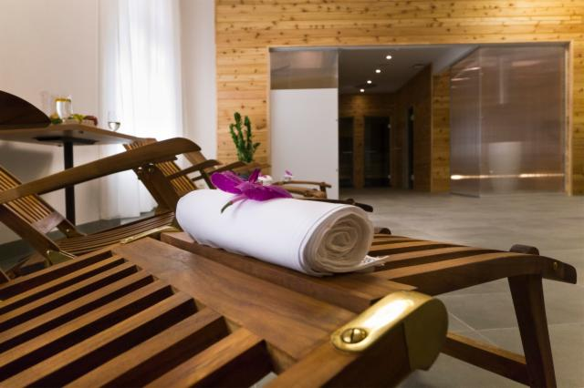 Wellness AMBASSADOR - 5 nights (Classic Single Room for 1 person)