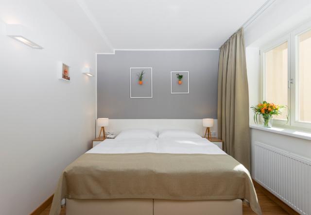 petite chambre confortable pour 2 personnes petit djeuner inclus annulation gratuite
