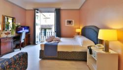 Double Room with Balcony - Free Breakfast and Free Cancellation