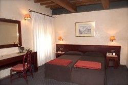 DOUBLE ROOMS SINGLE USE From€ 60.00
