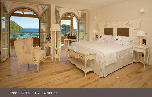 Junior Suite Sea Front - ONE DAY EXPERIENCE