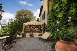 Aristocratic Gourmet Experience in Chianti