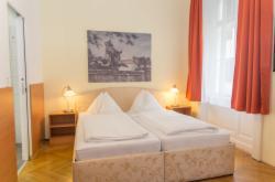 Doppelzimmer- Komfort -  Mit Dusche & WC