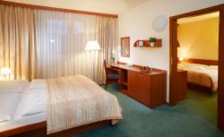 Pay Now & Save 10% - Family room for 2 adults and up to 3 children - NON REFUNDABLE
